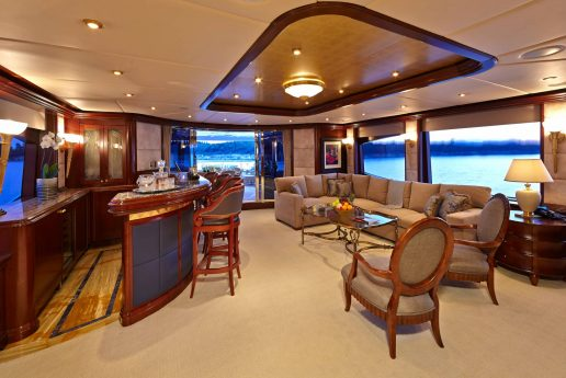 https://superyachtinsurancebrokers.com/wp-content/uploads/2014/11/2-Luxury-Interior-150x150.jpg